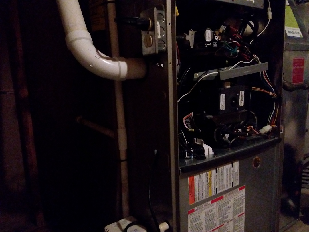 Schaumburg, IL - Clean and checked furnace and humidifier