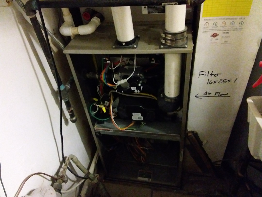 Wheeling, IL - Clean and checked furnace and humidifier