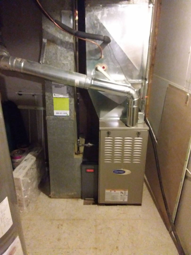 Wilmette, IL - Installation of new carrier furnace replacing old carrier furnace