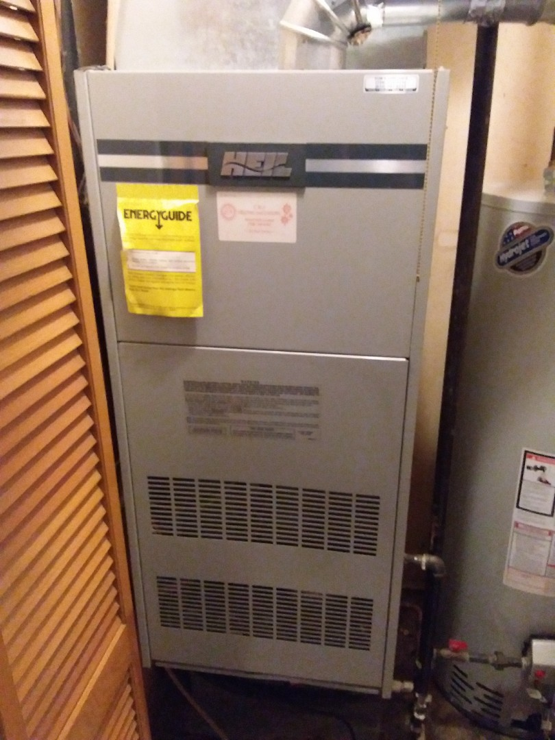 Orland Park, IL - Installation of new carrier furnace replacing old heil furnace