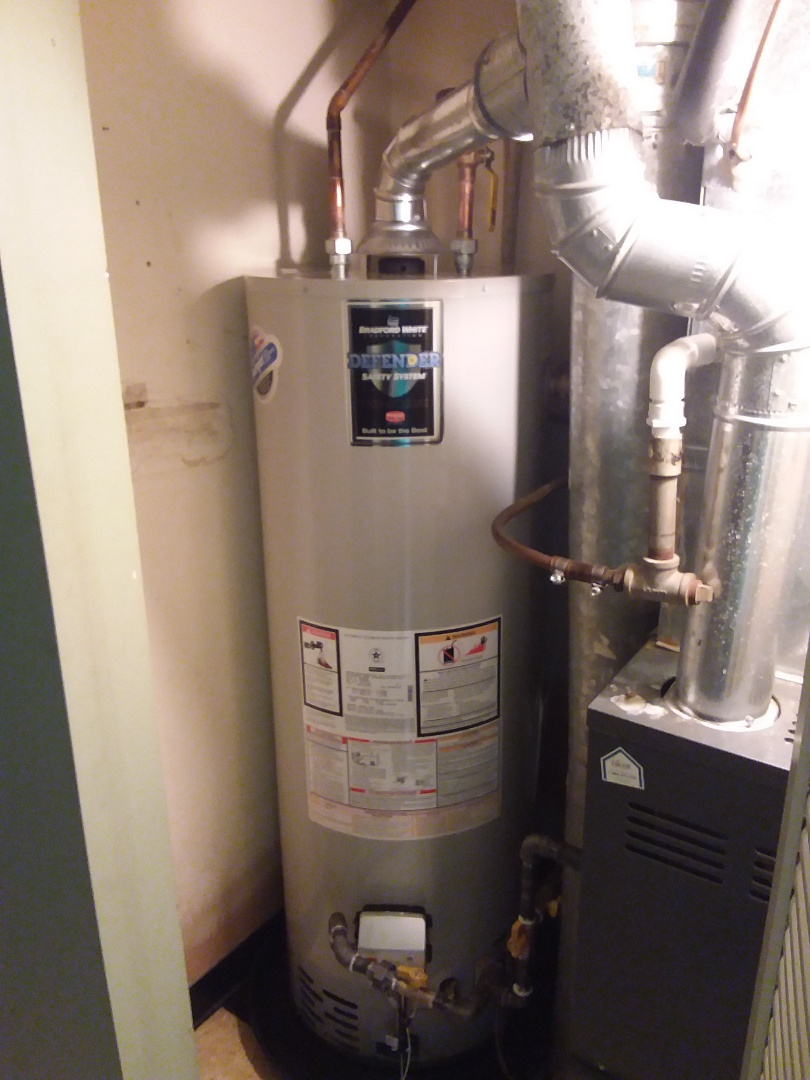 Oak Lawn, IL - Hot water tank installation