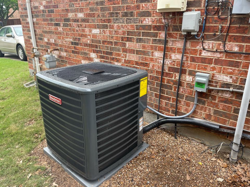 Keller, TX - Installed new heating and air conditioning system with duct cleaning!