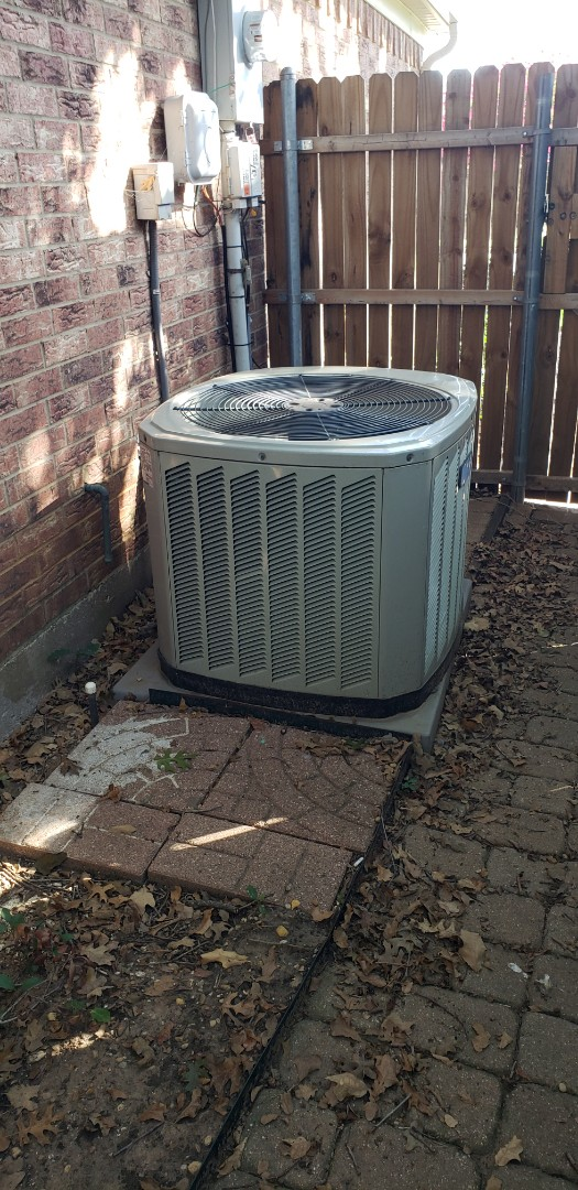 Hurst, TX - Serviced system and performed AC tune up.