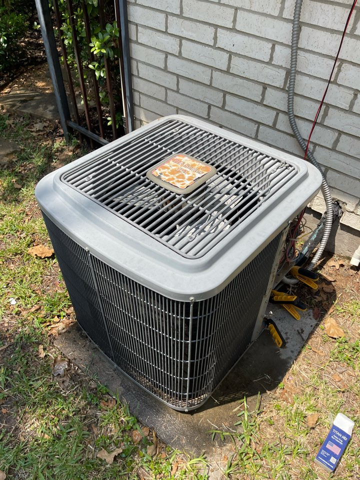 Southlake, TX - Repaired Comfortmaker Heating and Air Conditioning system in Southlake, Tx