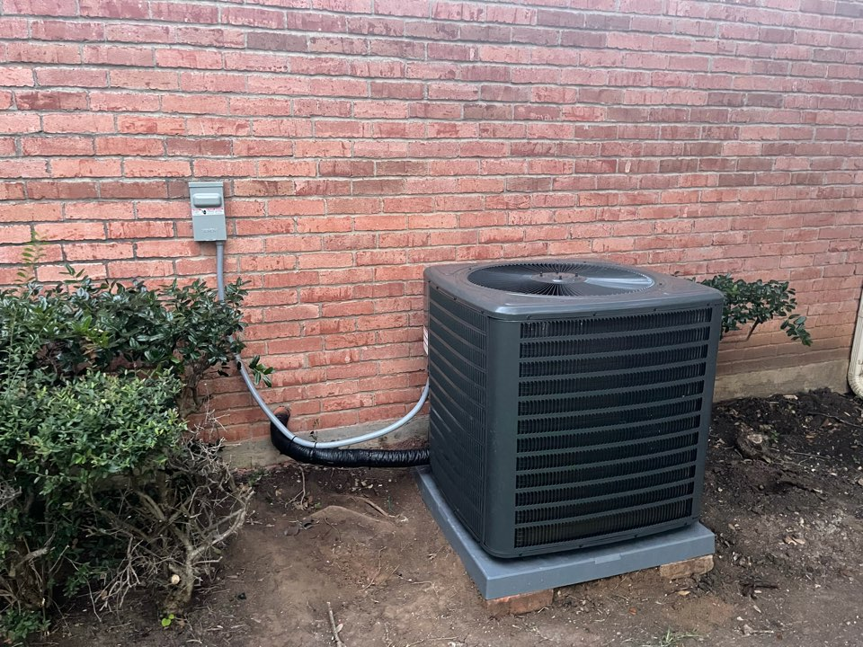 Fort Worth, TX - Installed new heating and air conditioning system in Fort Worth, Texas