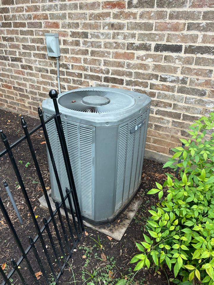 Colleyville, TX - Repaired failed electrical switch for 2004 Trane 3ton Downstairs system in Colleyville, TX