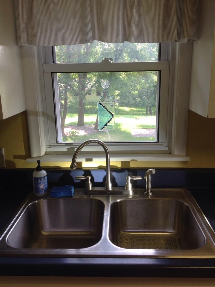 Minneapolis, MN - Kitchen faucet installation.