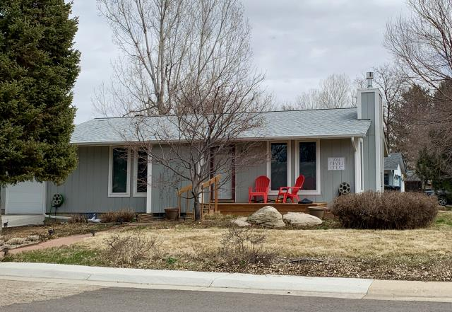 Longmont, CO - This is a home in Niwot that we just recently re-roofed due to hail damage.  We installed a new CertainTeed roof using the CertainTeed Northgate Class IV impact resistant shingles in the color Silver Birch.