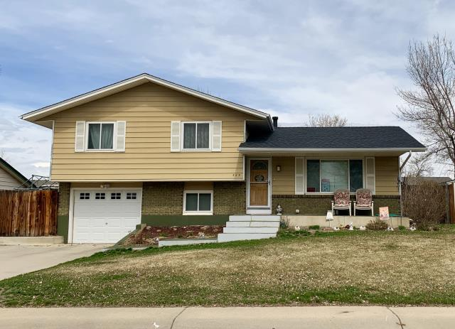 Firestone, CO - We installed Charcoal color shingles from the GAF Timberline HD line of shingles on this home in Firestone that was hit with hail.