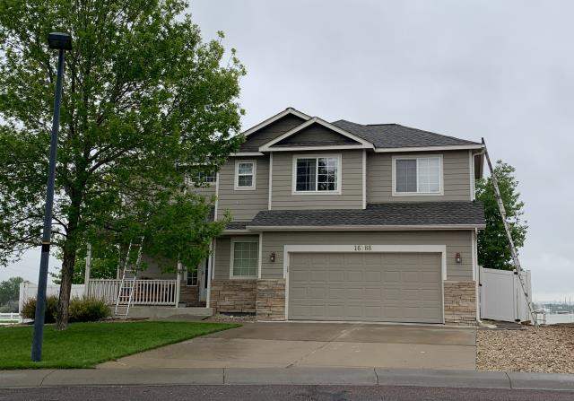 Mead, CO - This home in Mead has a new roof and is ready and waiting for the final inspection.  The shingles that we installed are GAF Timberline HD shingles in the color Weathered Wood.