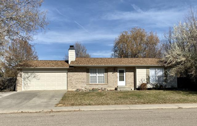 Fort Collins, CO - This is another home in Fort Collins that was hit with hail this last summer and needed a new roof as a result.  We installed CertainTeed Northgate Class IV Impact Resistant shingles in the color Resawn Shake.