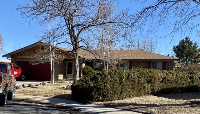 Loveland, CO - This home in Loveland has a beautiful new CertainTeed roof on it installed by us.  The shingles we installed are CertainTeed Landmark shingles in the color Resawn Shake.