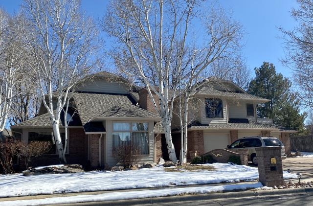 Longmont, CO - This home in Longmont originally had a wood shake roof.  We installed a new CertainTeed Presidential TL shingle roof on it in the color Weathered Wood.  Presidential TL shingles are a really nice thick designer shingle.