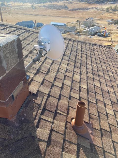 Berthoud, CO - We installed a new roof on this home in Berthoud using CertainTeed Northgate Class IV Impact Resistant shingles in the color Resawn Shake.