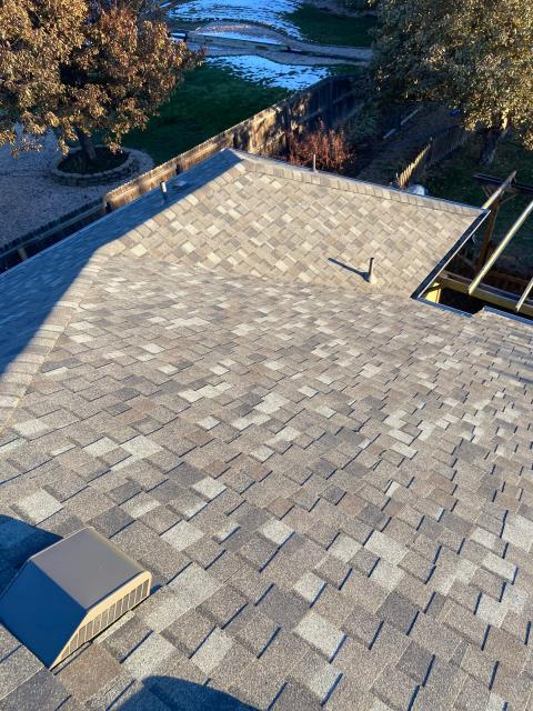 Mead, CO - We have been getting a few estimate requests in this neighborhood in North Mead this last week.  This is a roof we did there this last year, installing CertainTeed Northgate Class IV Impact Resistant Shingles.  The shingle color is Georgetown Gray.