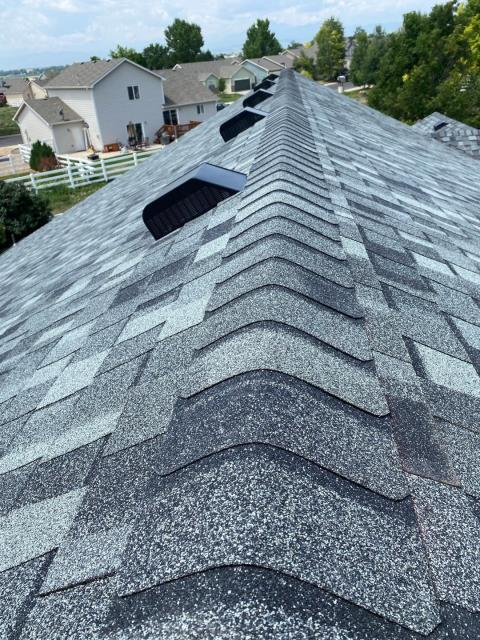 Mead, CO - Granite Gray is the color of this CertainTeed Northgate Class IV Impact Resistant roof that we installed in Mead this week.