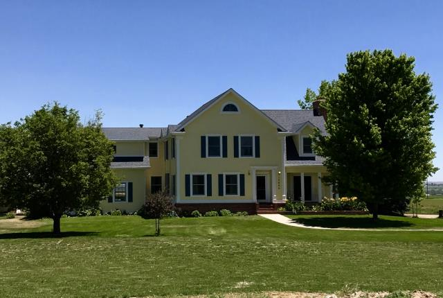 Longmont, CO - This home has a Longmont address, but it is really in the area we would consider to be Mead.  We installed Owens Corning Harbor Blue shingles on this house.