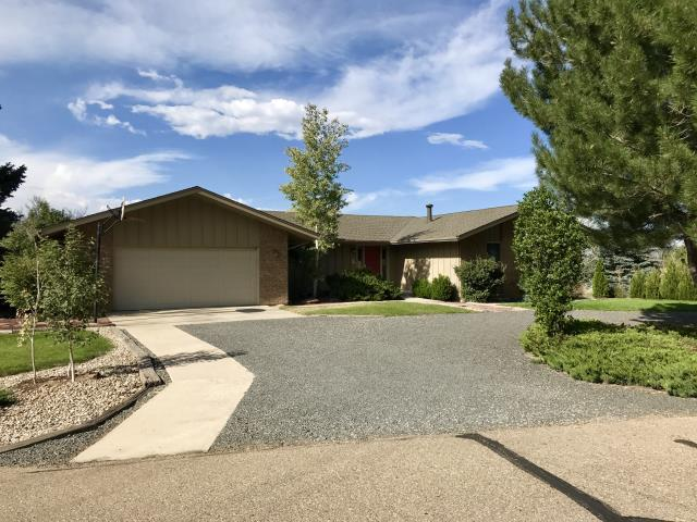 Longmont, CO - This is a home in Niwot that we roofed recently not far from the high school.  The customer chose to have us install Weathered Wood colored shingles from the GAF Timberline HD line of shingles.