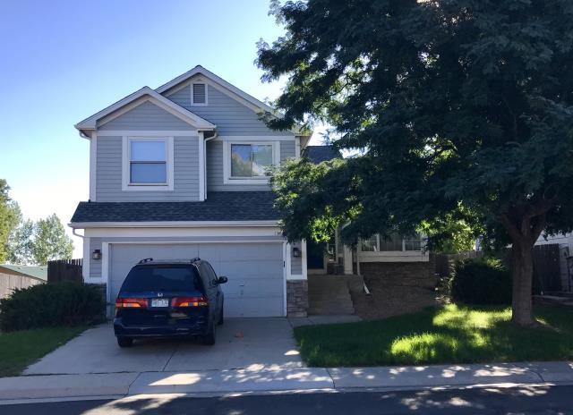 Lafayette, CO - This home in Lafayette was re-roofed by us using GAF Timberline HD shingles in the color Slate.