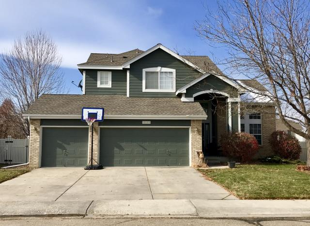 Firestone, CO - This new roof in Firestone got a good testing this week with our last snow and it did a great job!  The shingles that we installed for this customer are GAF Amorshield Class 4 Impact Resistant shingles and the color is Weathered Wood.