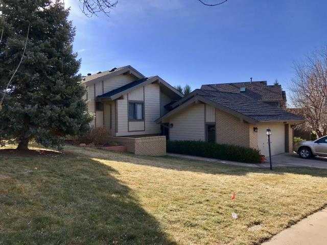 Fort Collins, CO - This home in the southern part of Fort Collins was re-roofed with GAF Timberline HD shingles.  The color of the shingles is Charcoal.