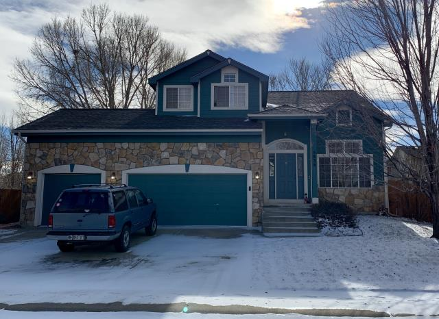 Frederick, CO - We re-roofed this house in Frederick using GAF Timberline HD shingles in the color Slate.