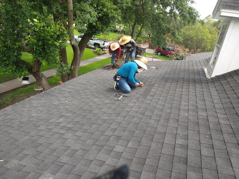 Nederland, TX - 35 Square Re-Roof