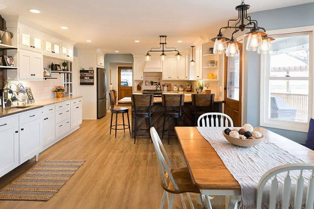 Otsego, MI - Complete kitchen remodel in a Modern Country theme.