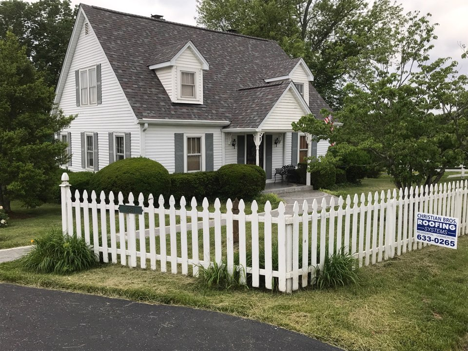 Simpsonville, KY - Owens Corning Duration Colonial Slate