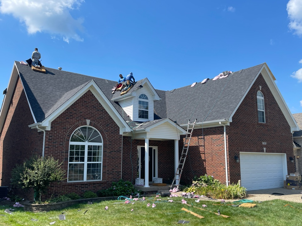 Louisville, KY - New Owens Corning Roof going on from wind damage