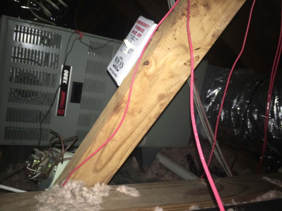 Friendswood, TX - Helped home owner with faulty blower motor.