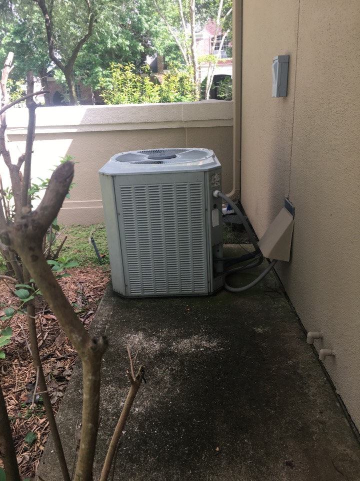 Galveston, TX - Helped home owner with noisy air conditioning.