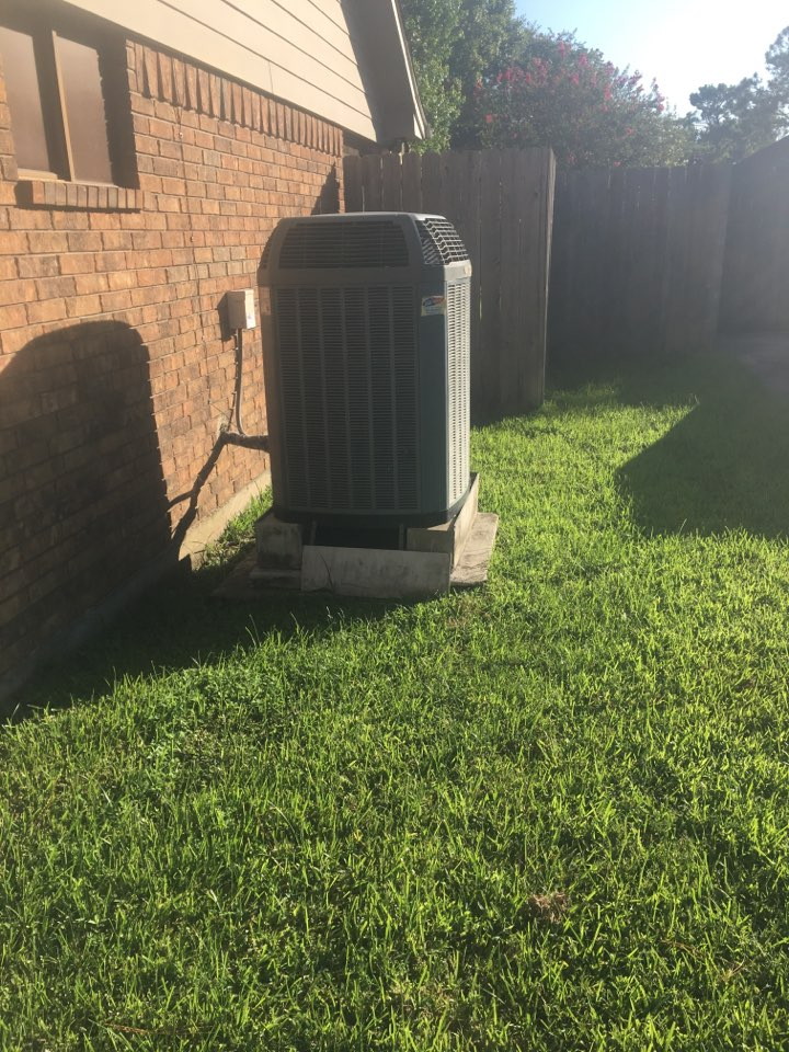 Friendswood, TX - Helped home owner with replacement options for when he's ready to replace.