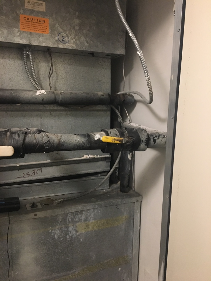 Houston, TX - Helped home owner with replacement options.