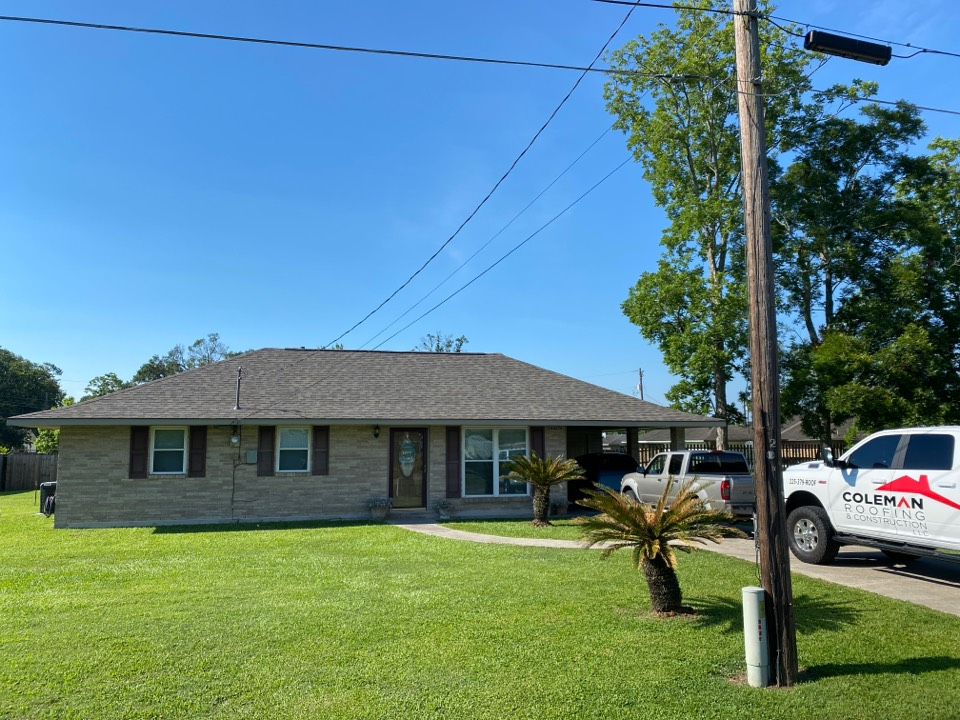 Sorrento, LA - Just installed Certainteed Weatherwood architectural shingles. Great customer to work with