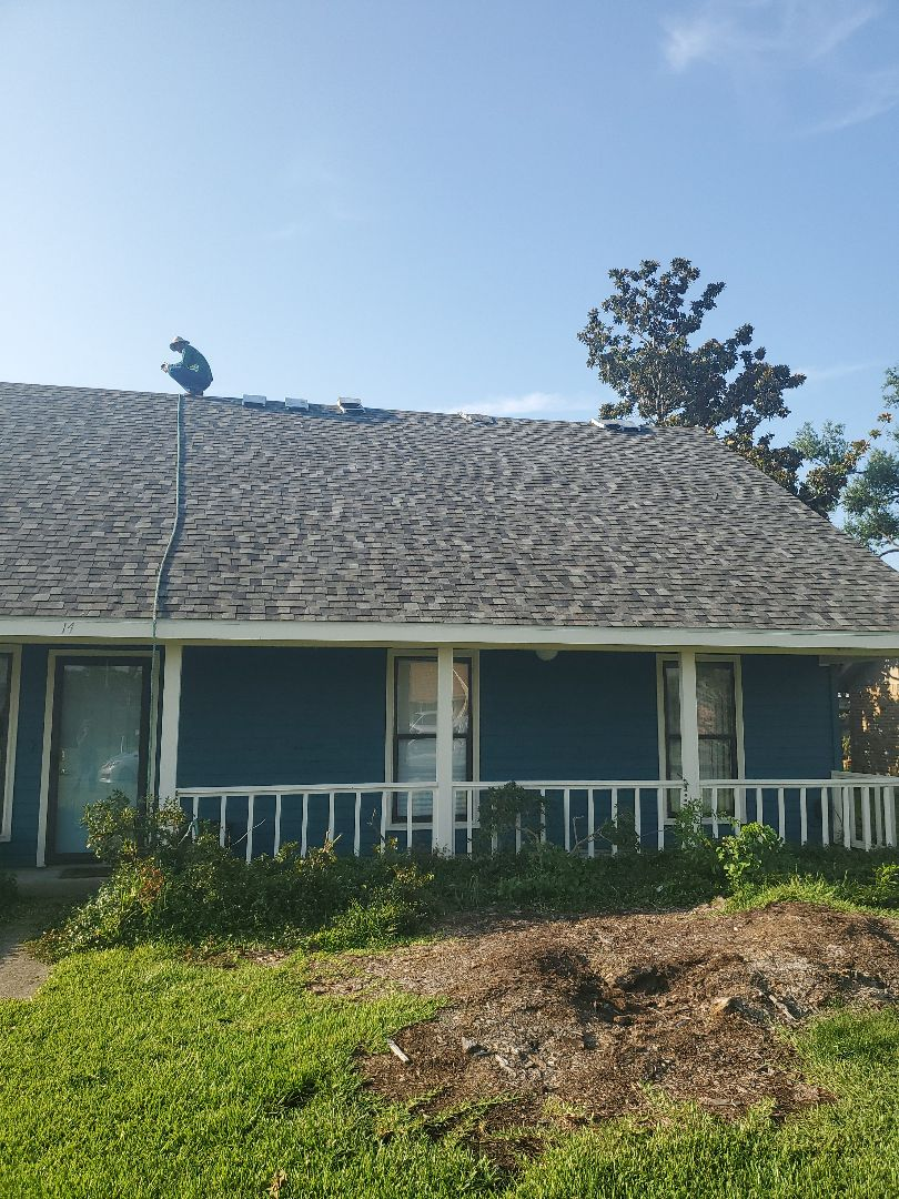 Sulphur, LA - Finishing up another roof.