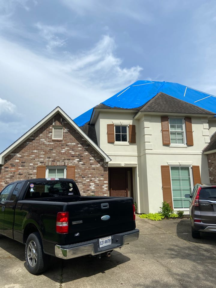 Prairieville, LA - Inspection for roof replacement