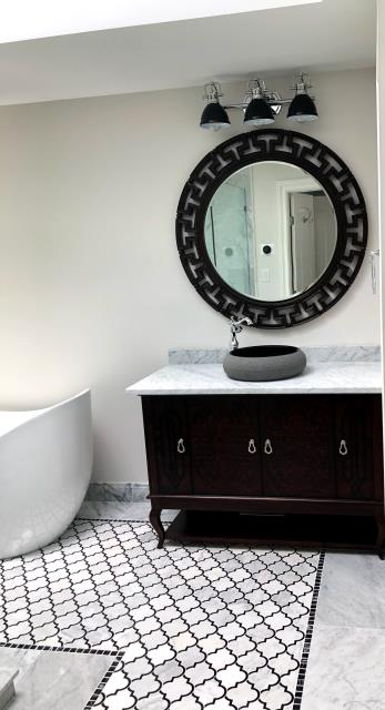 Syosset, NY - Getting ready in a bathroom this gorgeous makes you feel like you're on vacation every day! Another job well done! #bathroomdesign #luxury KOHLER  #moderndesign #homedecor #elitequality #designinspiration