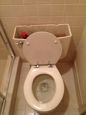 Farmers Branch, TX - Unclogging a Kohler toilet and installing a new Fluidmaster fill valve.