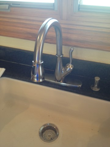 Prosper, TX - Installed new Delta pulldown spray kitchen faucet