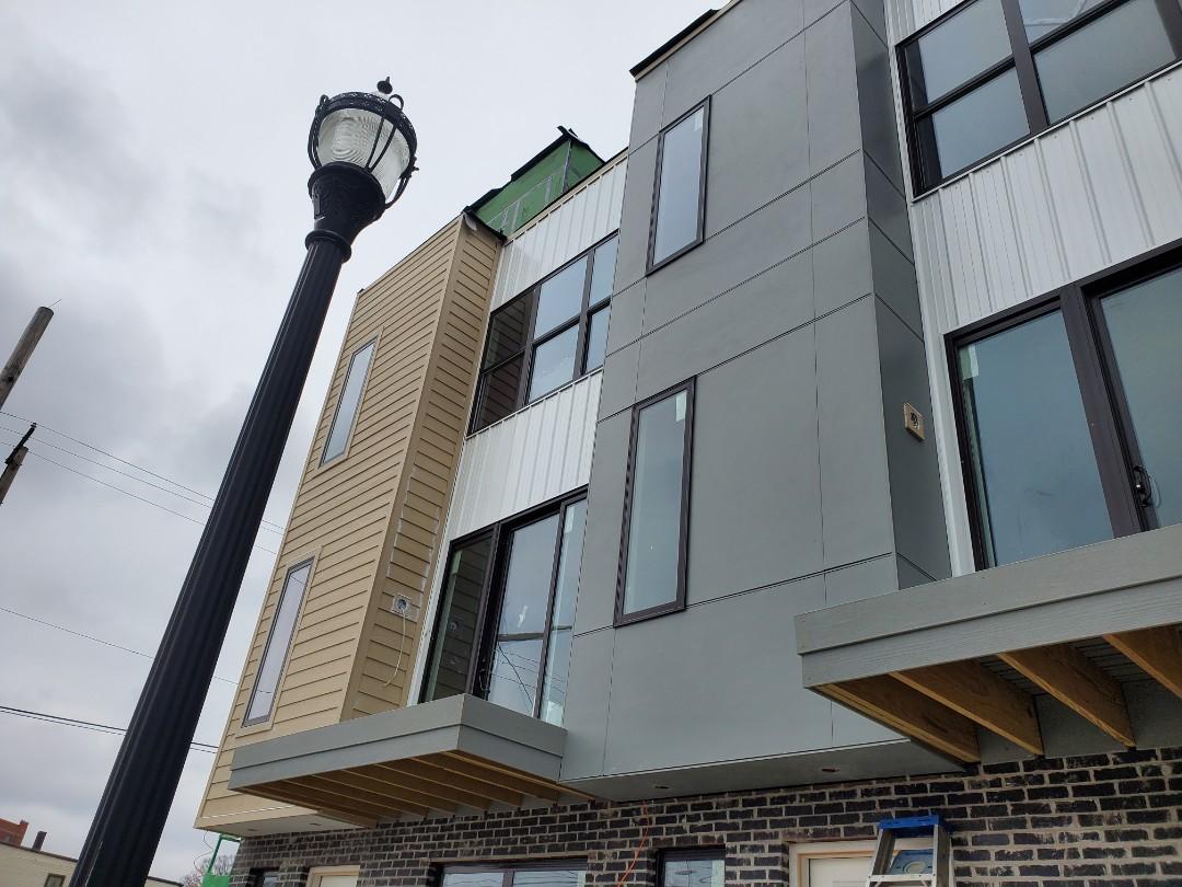 Cincinnati, OH - Siding install in Oakley is coming along