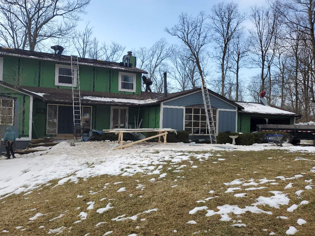 West Chester Township, OH - Whole teams here! Siding, roofing