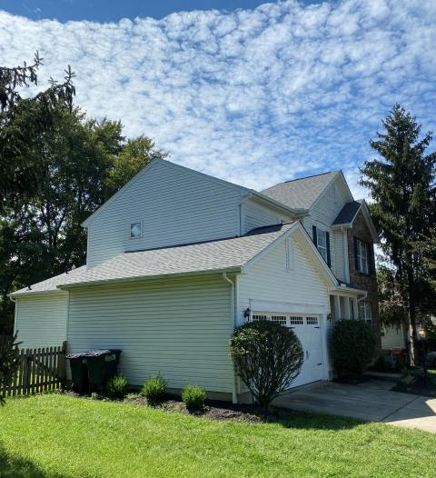 Cincinnati, OH - Sterling just completed another new shingle roof in Cincinnati.