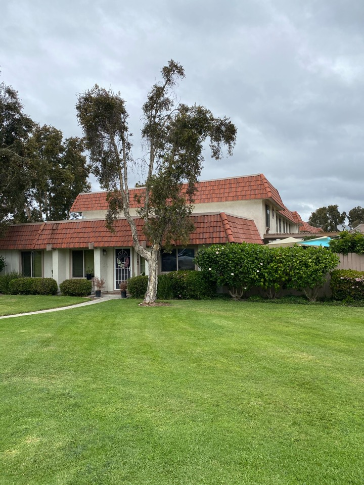 Carlsbad, CA - Drone inspection on a tile roof to avoid breaking tiles