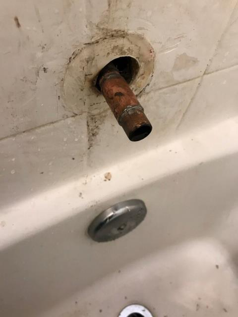 Moreno Valley, CA - This copper pipe from Moreno Valley, Ca. is to short, causing leaks.