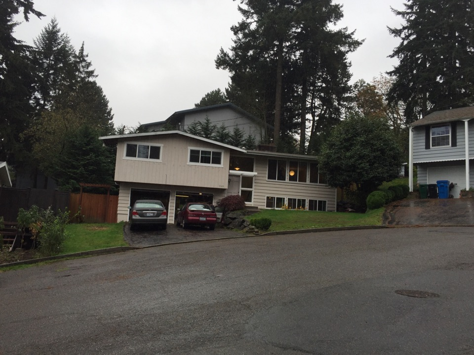 Shoreline, WA - Doing a re-roofing estimate for a customer that had a roof put on 12yrs ago that is failing because of poor craftsmanship.
