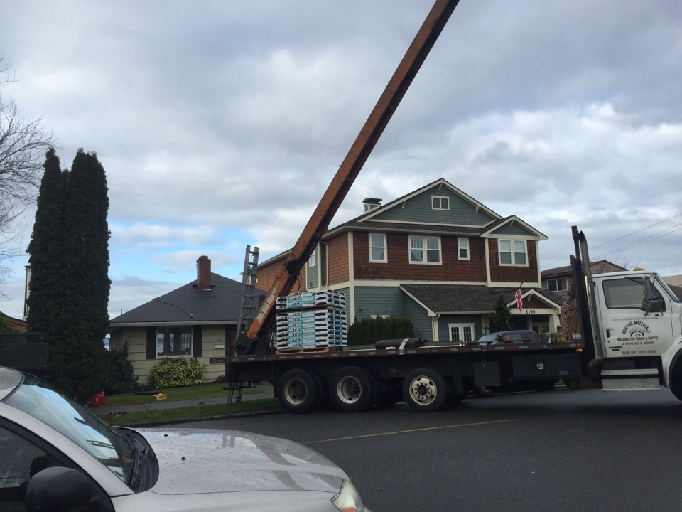 Everett, WA - Re roof in north Everett. Installing IKO Cambridge AR.