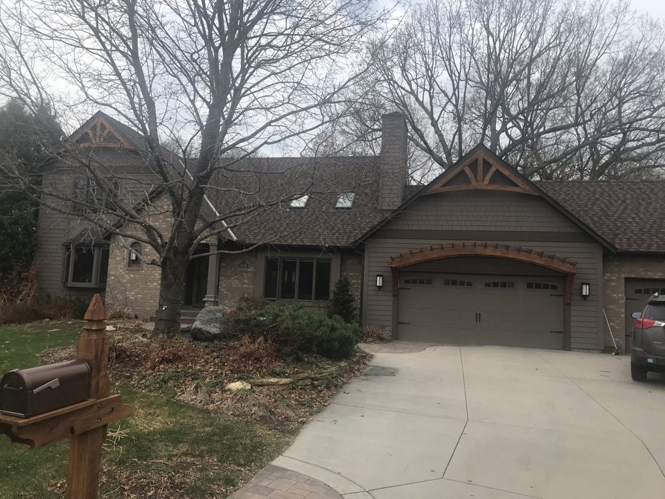 Eagan, MN - Storm damage roof repair with need GAF asphalt shingles