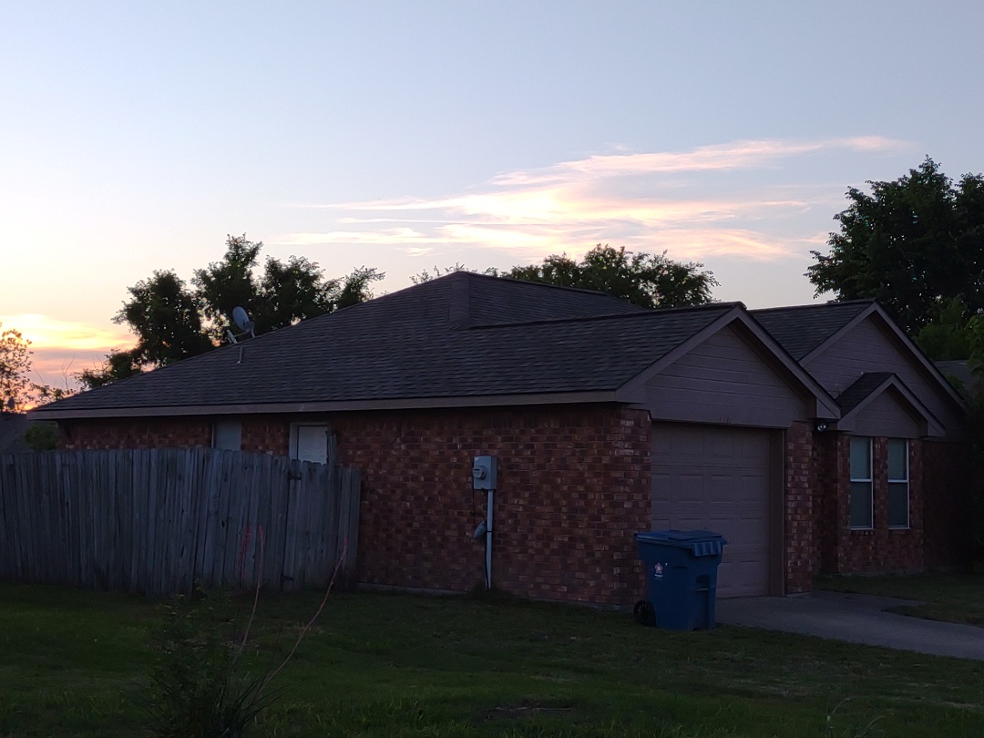 Nevada, TX - Another professional roof installed by Wortham Brothers this one is the Tamco Heritage Weather wood