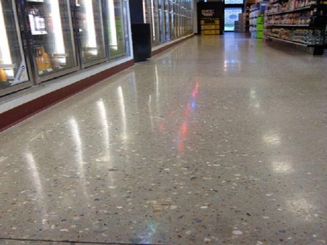 Roanoke, IN - Polished Concrete is easy to clean, and won't harbor dust, dirt, allergens. Polished concrete is great for high foot traffic, saves energy by high light reflectivity, and is a great sustainable flooring alternative.